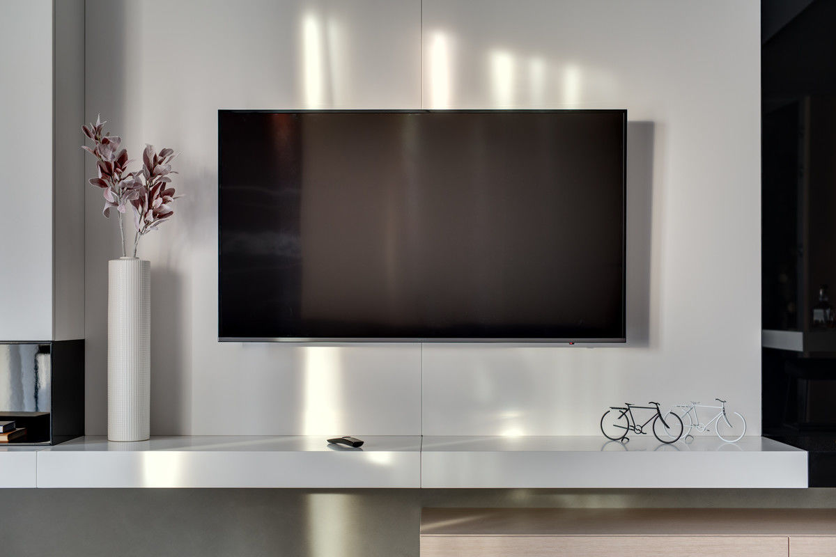 The Best 70 Inch TV – Discover the Ultimate Immersion With the Best 70 Inch TV!