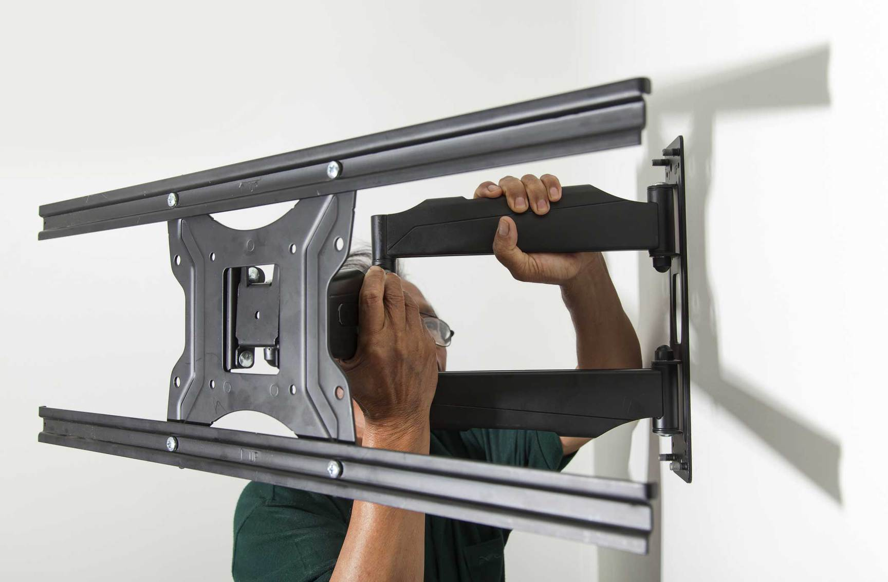 Top 3 TV Wall Mounts for 2019 Revealed – The Best TV Wall Mounts on the Market!